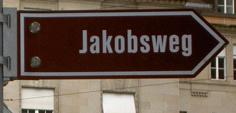 Jakobsweg Wegweiser braun