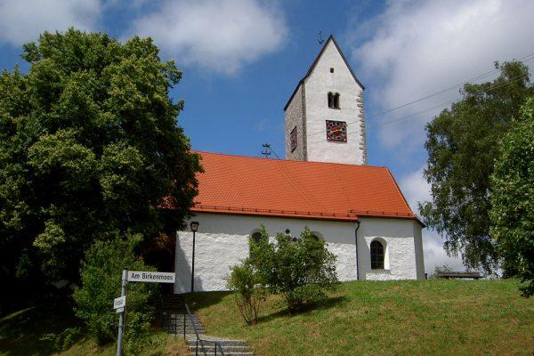 Dorfkirche auf dem Münchner Jakobsweg